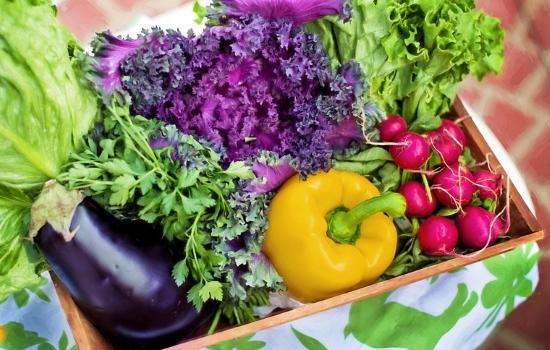 Frutta e verdura di stagione per abbassare la pressione